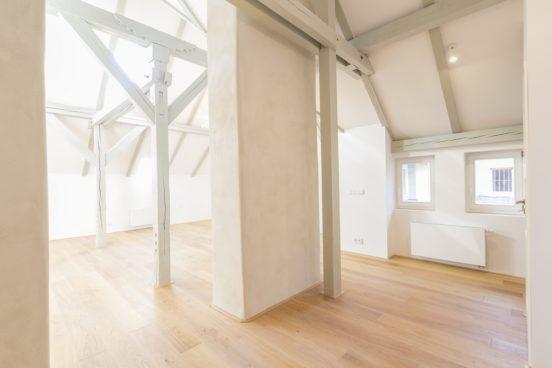 Rekonstrukce podkrovního bytu v Praze